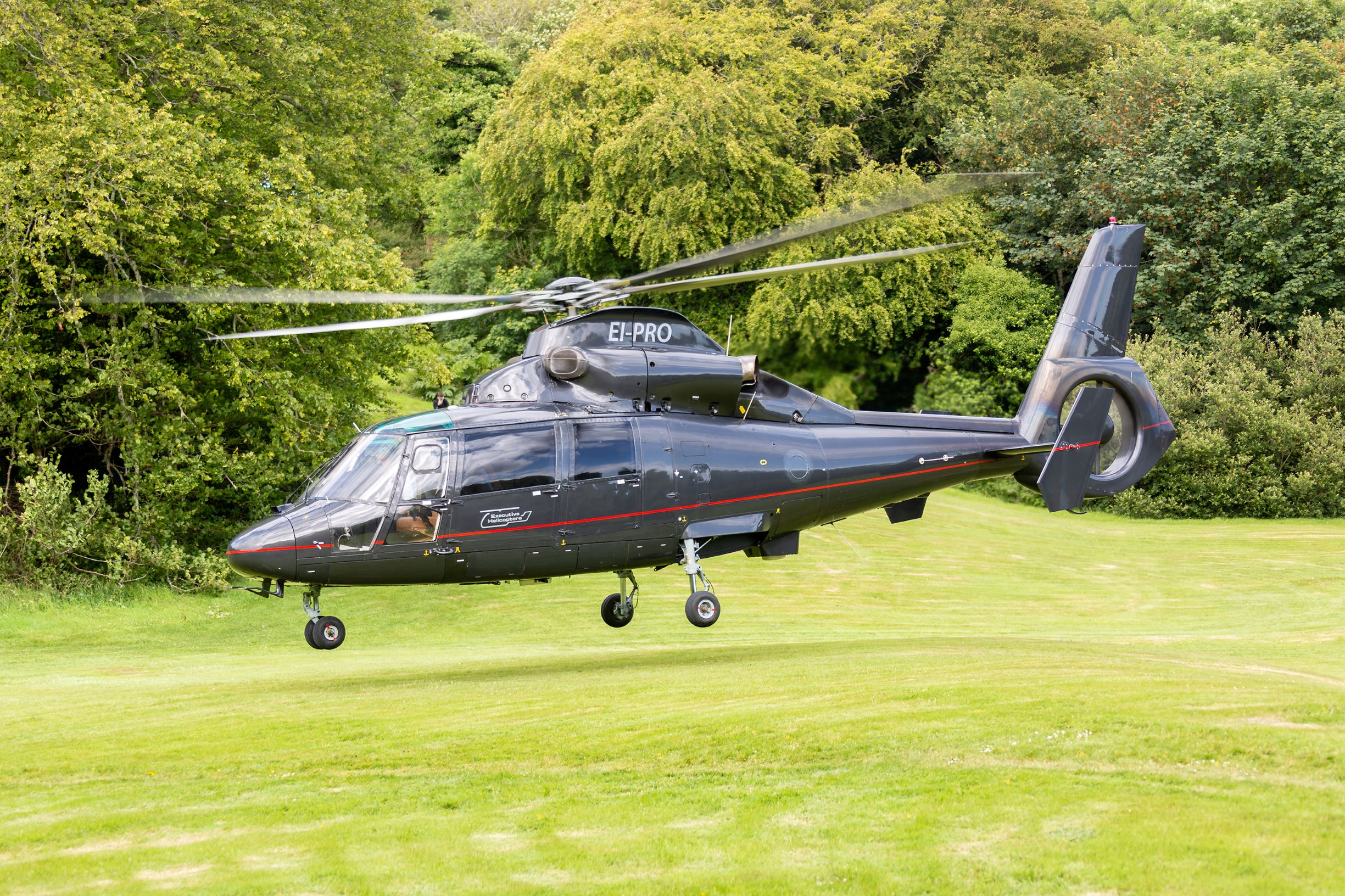 Abbeyglen Hotel Helicopter AS365 Dauphin take off